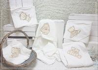 Махровое полотенце с капюшоном (вышивки в ассортименте)